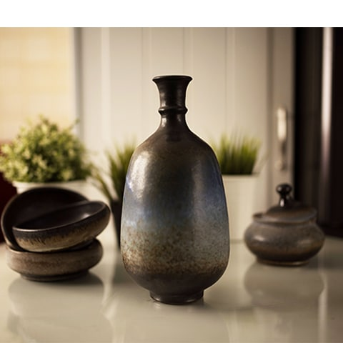 Round Bottle Blue Vase