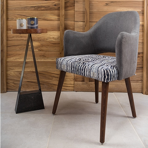 Zahraa Chair