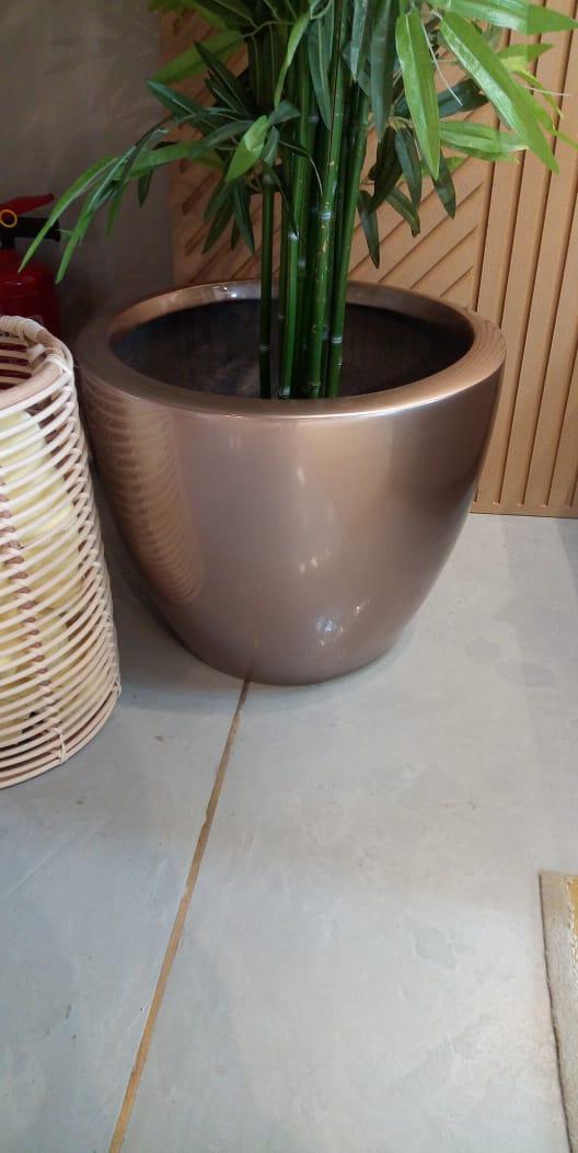 T pots colored