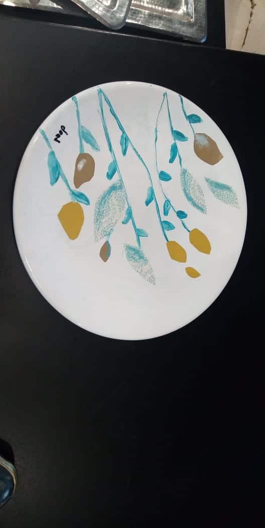 Pattern hanging plate