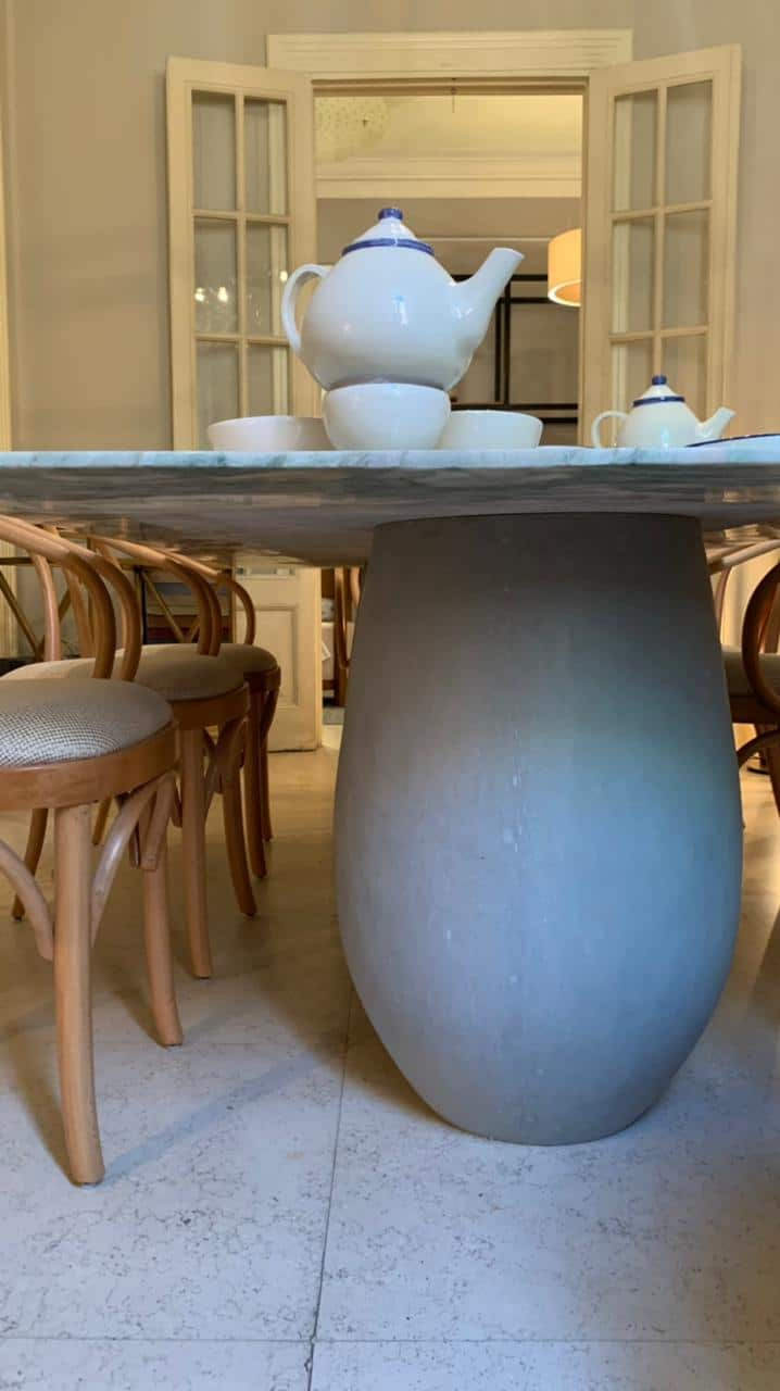 POT Dining Table